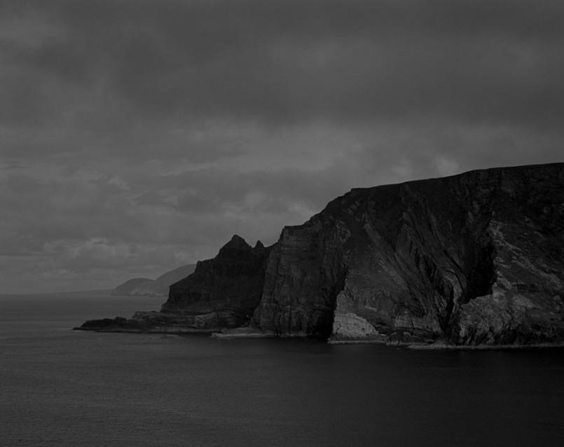 Dark Water 1. Diarmaid and Gráinnes's Bed. ( Leaba Dhiarmaid agus Gráinne )